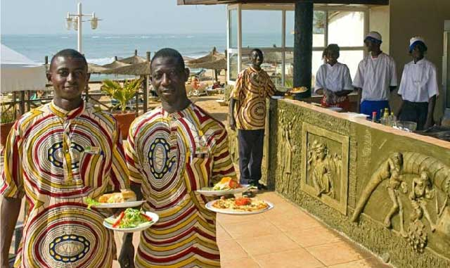 Senegambia resort staff (Photo courtesy of SenegambiaHotel.com)