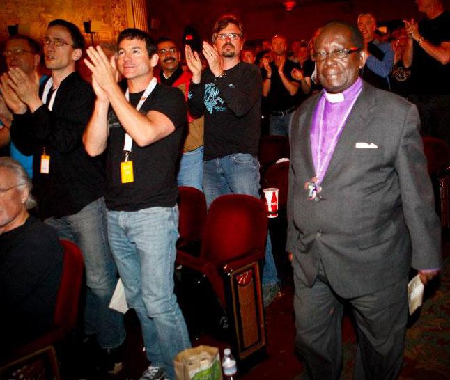 BIshop Christopher Senyonjo at Castro Theater. (Photo courtesy of Ana Grillo via Facebook)