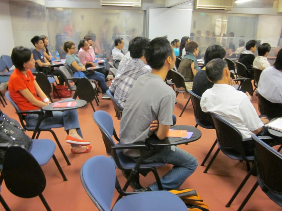 """Social service professionals attend the program """"Understanding the LGBTQ Community in Singapore"""""""