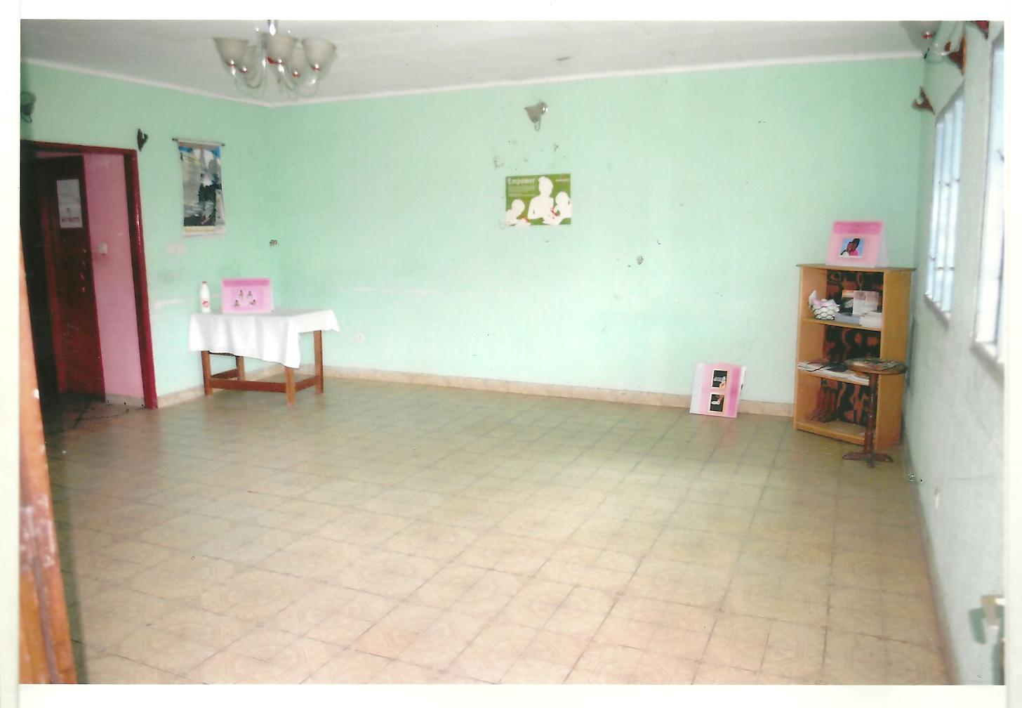 Room emptied, inside the Center on November 23, 2014 (by Adonis Tchoudja)