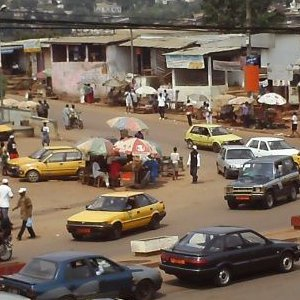 An intersection in the Nkolndongo district of Yaoundé(Photo courtesy of iCameroon.com)