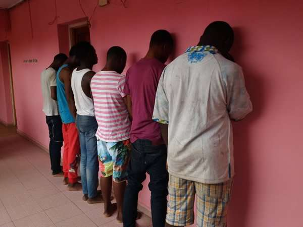 Widely distributed photo of 6 arrestees in Benin City.