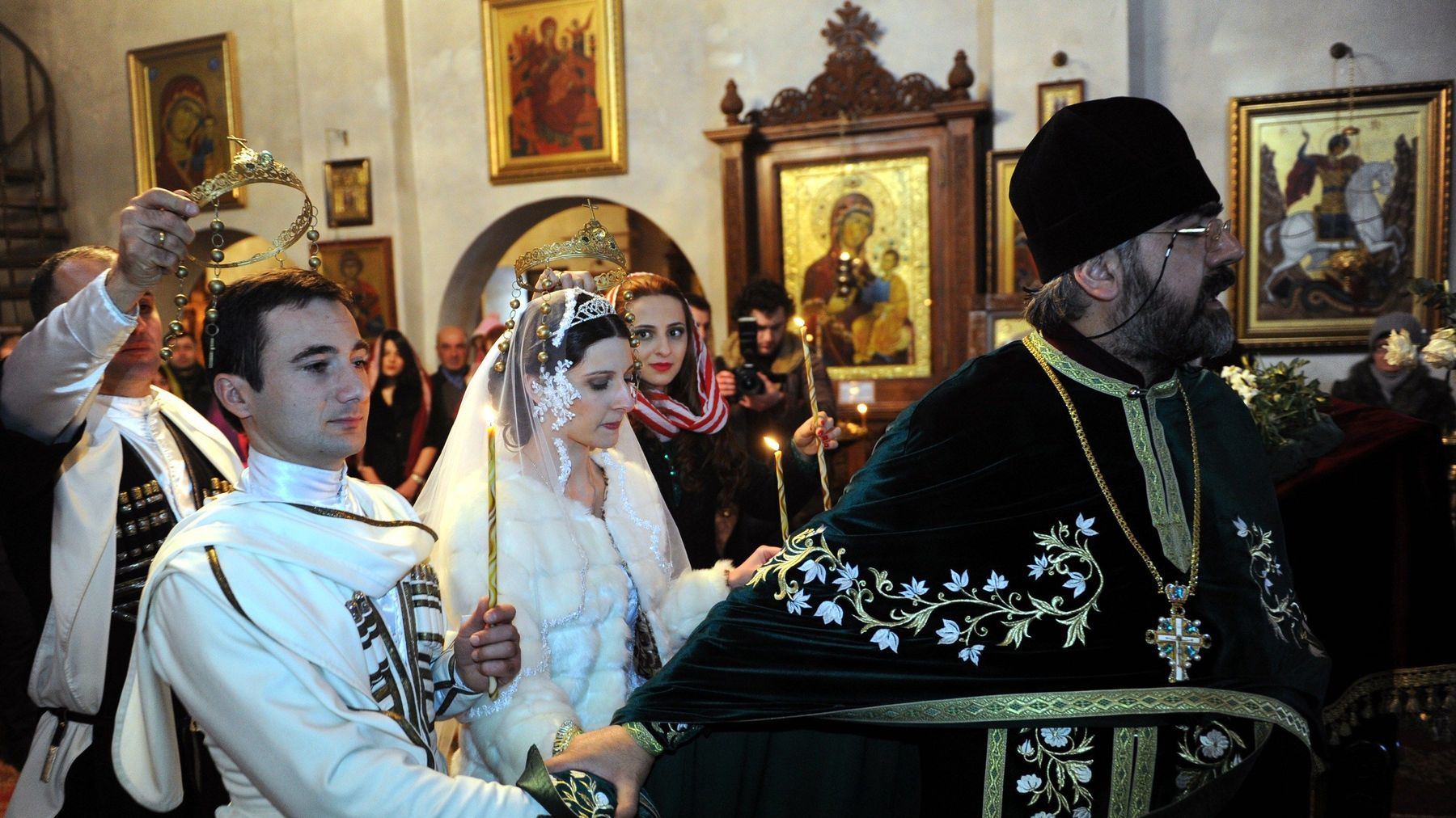Georgian Orthodox wedding mgid ao image logotv.com 651082