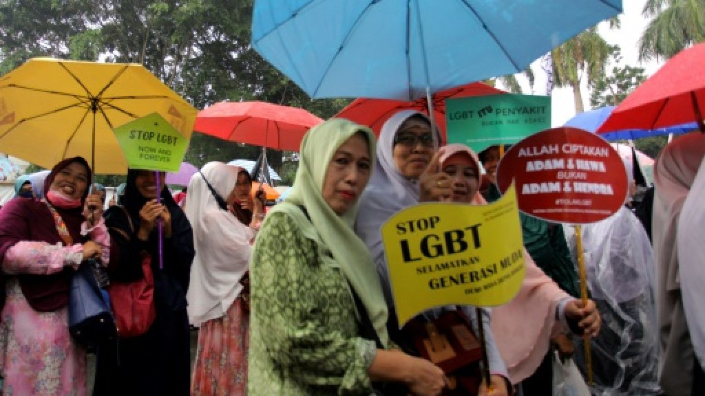 Anti-LGBT protest in Indonesia. (Photo courtesy of AFP)