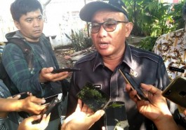 Depok mayor Mohammad Idris defends himself against accusations of anti-gay discrimination. (Photo courtesy of Wartakotalive.com)