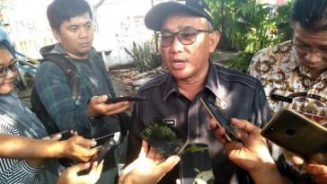 Depok mayor Mohammad Idris defends himself against accusations of anti-gay discrimination. (Photo courtesy of Wartakotalive.com)