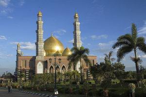 Depok's Dian al Mahri mosque in Muslim-majority Indonesia (Photo courtesy of Rafy Sugiri / Flickr)