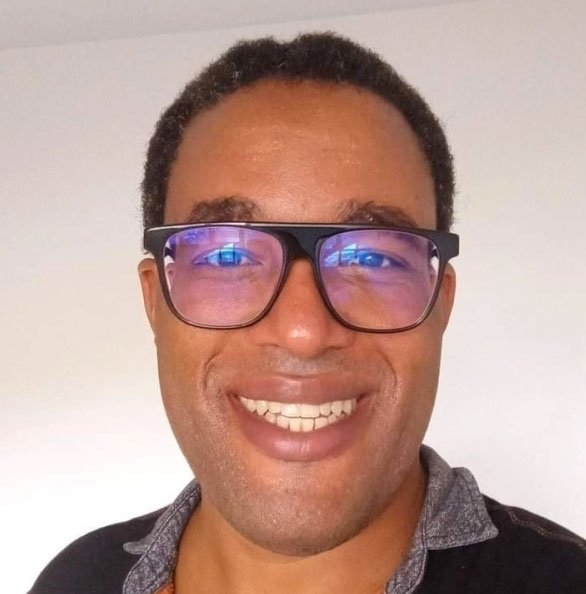 Moïse Manoel lives in both Saint-Laurent-du-Maroni in French Guiana and in Paramaribo in Suriname. He is completing his doctorate in sociology from the University of the West Indies, focusing on homophobia and neo-colonialism on the Guiana Plateau.